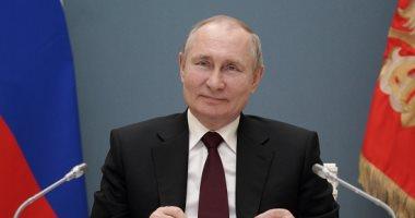 بوتين: مستعدون لرفع حماية ملكية الفكرية عن لقاحات كورونا